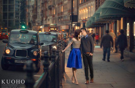 2016倫敦婚紗攝影,哈洛斯婚紗,harrods prewedding,KUOHO,倫敦街景婚紗,倫敦海外婚紗,英國倫敦自助婚紗,郭賀影像,倫敦拍婚紗,街景婚紗,大笨鐘拍婚紗,倫敦眼,歐洲自助婚紗,海外婚紗, London prewedding,oversea prewedding, Chéri法式手工婚紗,自助婚紗推薦,海外婚紗推薦,全球旅拍
